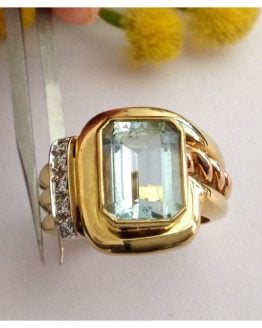 Anello in oro 18kt con Acquamarina e Diamanti - gr. 10.98