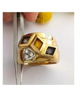 Anello in oro 18kt con Quarzi e Zirconi - gr. 9.73